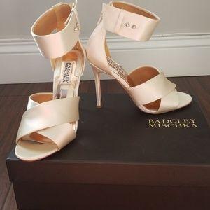 Bagley Mischka dress shoes
